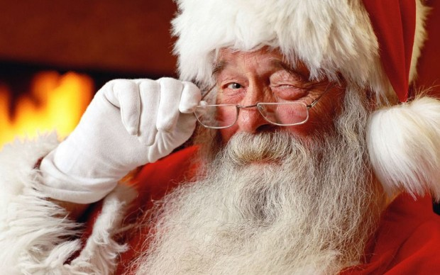 free-adorable-old-santa-claus-picture-wallpaper_1440x900_88114